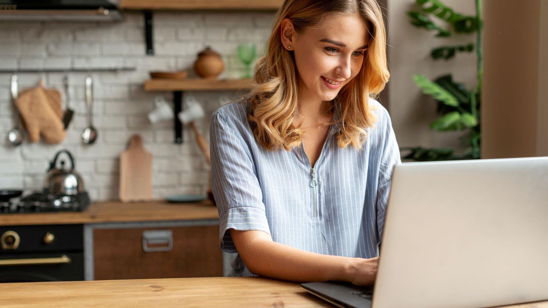 Online shopper searching Google for brand information