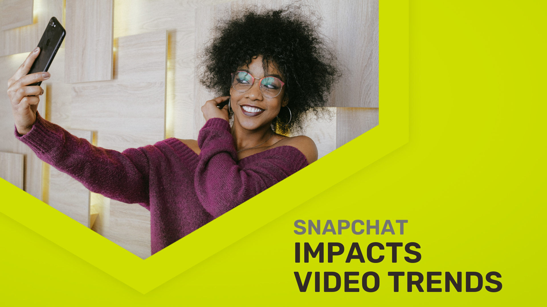 Creative marketing director testing how Snapchat impacts video marketing trends